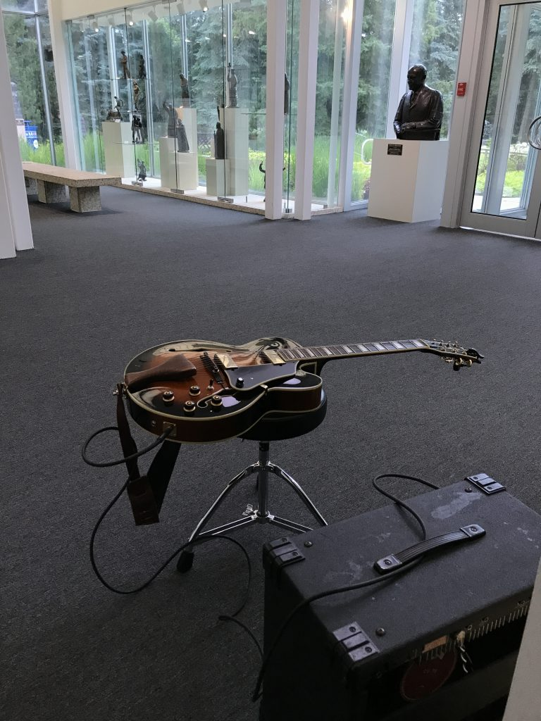 Ready To play solo guitar at the Leo Mol Gallery Winnipeg